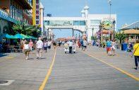 atlantic city boardwalk people
